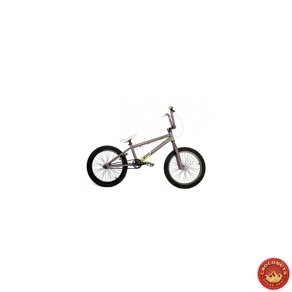 12 sur bmx khe titus tricky 18 pouces bike pas cher. Black Bedroom Furniture Sets. Home Design Ideas